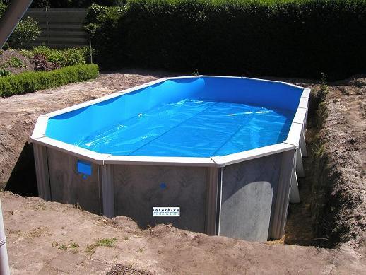 Interline zwembad century 5 5 x 1 32 diep voor opbouw en for Inbouw zwembad zelf bouwen