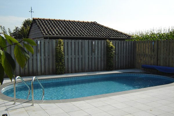 Pomaz Pools ovaal 8.20 mtr x 4,20 mtr 1,5 mtr / 44m3 inhoud-2064